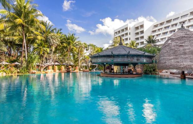 фото Movenpick Resort and Spa Karon Beach (ex. Crowne Plaza) изображение №2
