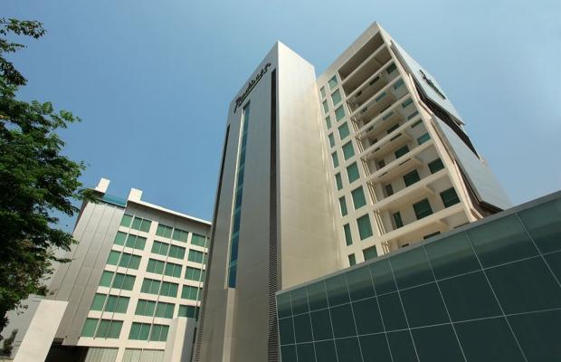 фото отеля Radisson Suites Bangkok Sukhumvit изображение №1