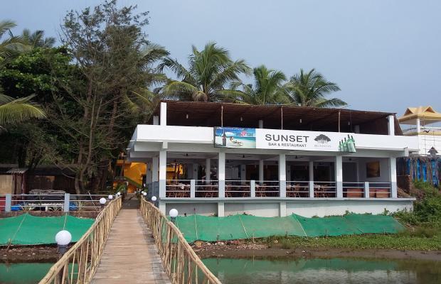 фотографии отеля The Sunset Shankar Hotel изображение №7