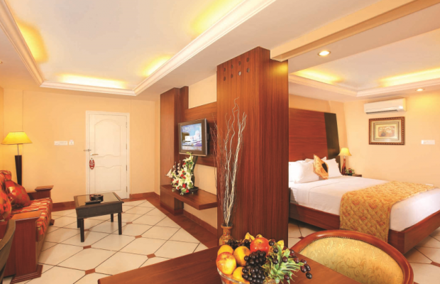 фото отеля Emarald Hotel Cochin (ex. Pride Biznotel Emarald) изображение №9