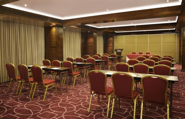 фото отеля Four Points by Sheraton Ahmedabad (ex. Royal Orchid Central) изображение №17