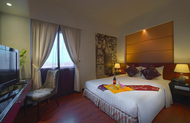 фото отеля Antique (ех. Gia Bao Grand Hotel) изображение №17
