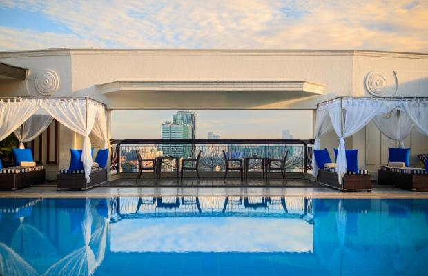 фото отеля Renaissance Riverside изображение №25