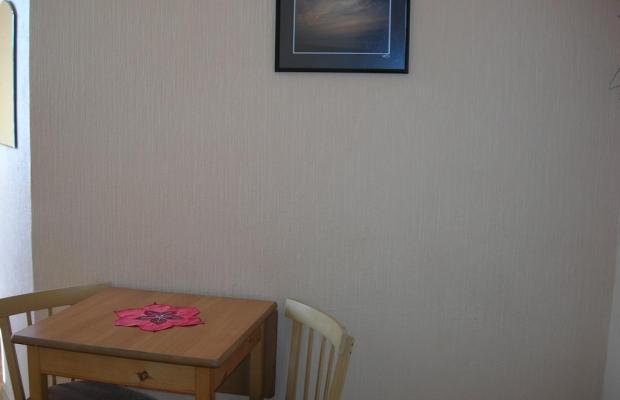 фото отеля Elizabeth's Youth изображение №13