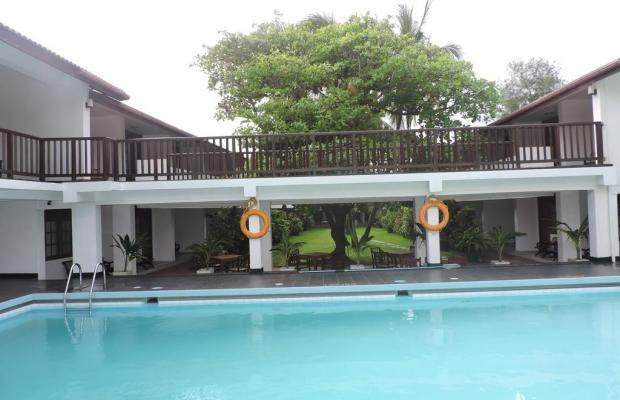 фото отеля Catamaran Beach Hotel изображение №13