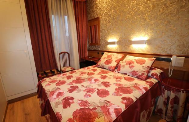 фото отеля Hostal Hispano-Argentino изображение №5