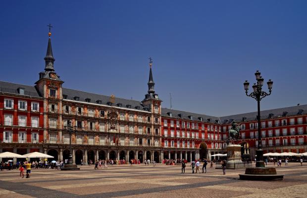 фото отеля Hostal Gran Duque изображение №1