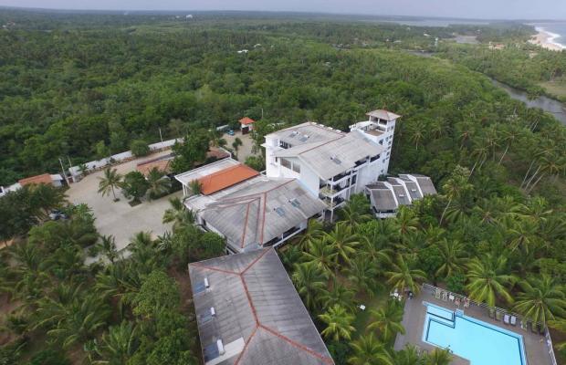 фотографии отеля Lagoon Paradise Beach Resort изображение №3
