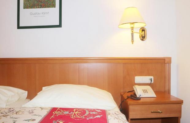 фотографии отеля Hotel Pension Arian изображение №3