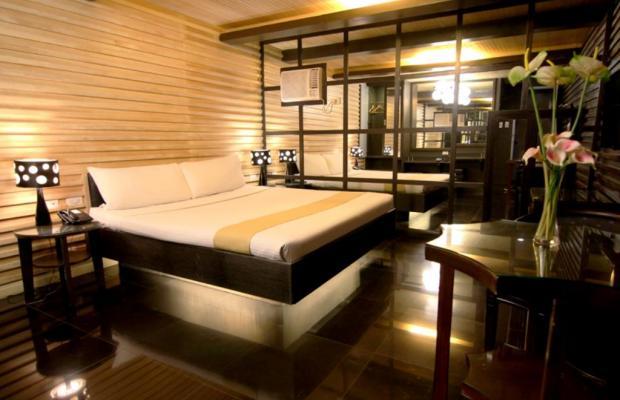 фото отеля Victoria Court Cuneta изображение №33