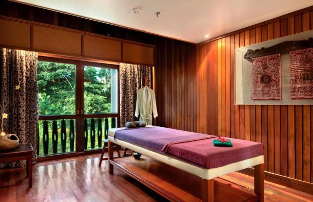 фото Aiman Batang Ai Resort & Retreat (ех. Hilton Batang Ai Longhouse) изображение №26