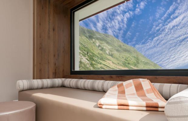 фотографии Josl-Mountain Lounging изображение №4