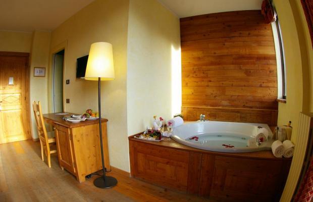 фотографии отеля Grand Hotel Besson изображение №11