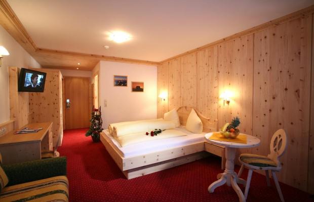 фотографии отеля Alm-Ferienclub Silbertal изображение №7
