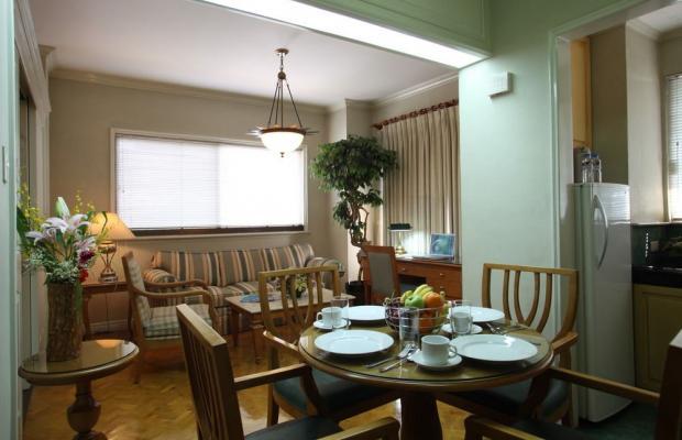 фото отеля Sunny Bay Suites (ex. Boulevard Mansion еnd Residential Suite) изображение №13