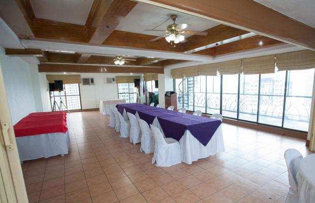 фотографии отеля Citadel Inn Makati изображение №3