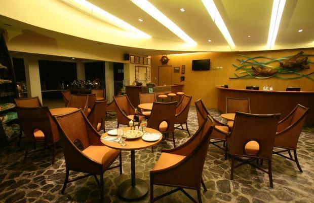 фото Crown Regency Beach Resort изображение №18