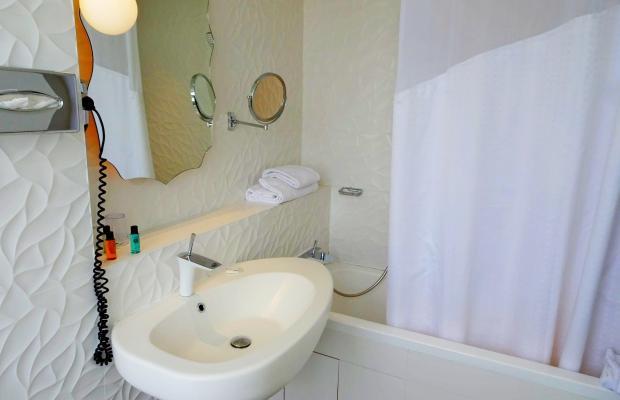 фотографии отеля Holiday Inn Paris Gare de l'Est изображение №3