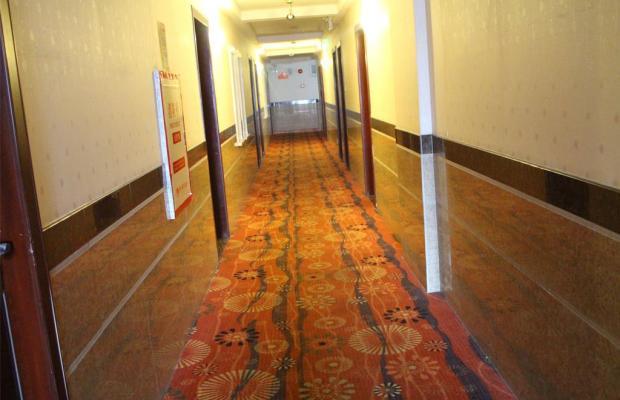 фото Yiting Four Season Hotel - Shanghai Dongfang Road Branch (ex. Yiting 6+e Hotel Shanghai Lujiazui) изображение №18