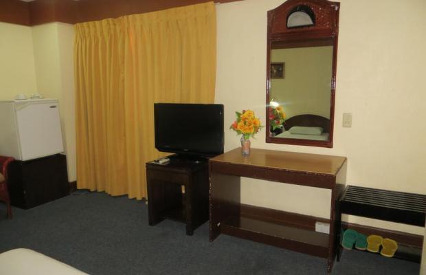 фотографии отеля Paragon Suites изображение №15