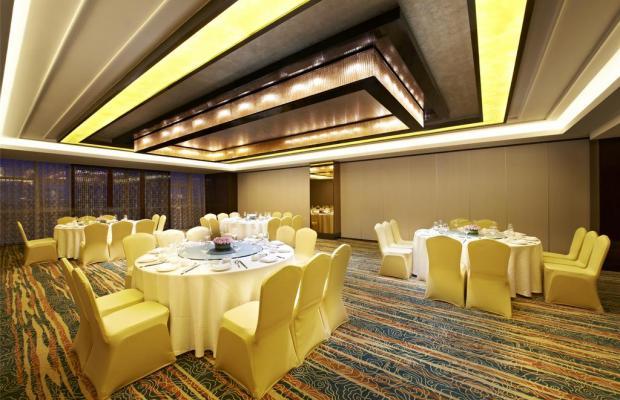 фото отеля Sheraton Shanghai Waigaoqiao Hotel изображение №21