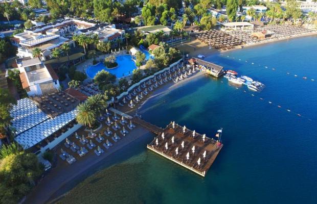 фото отеля Izer Hotel & Beach Club изображение №1
