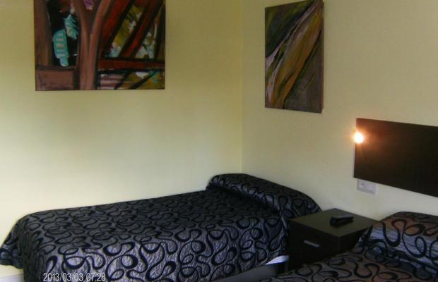 фотографии отеля Hostal Oasis изображение №7