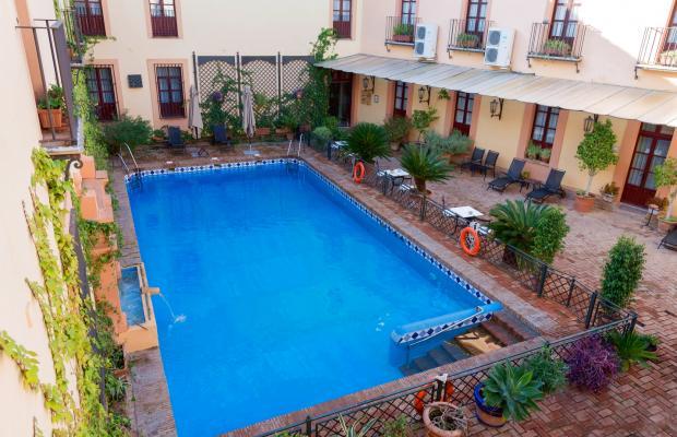 фотографии отеля Alcazar De La Reina изображение №3