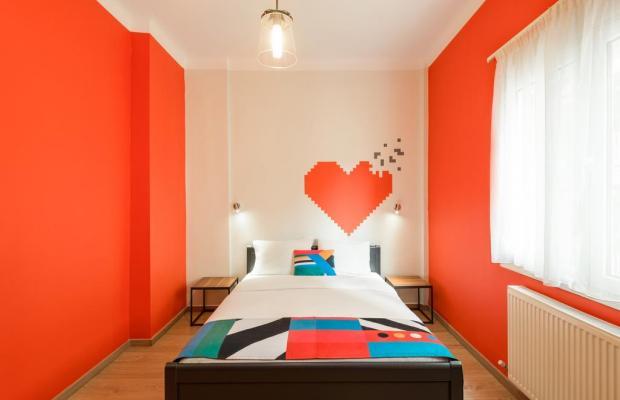 фото Colors Rooms & Apartments (ех. Colors Budget Luxury) изображение №2