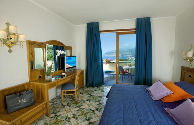 фото Grand Hotel Vesuvio изображение №10