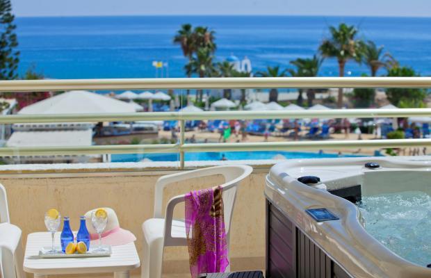 фото отеля Golden Coast Beach Hotel изображение №9