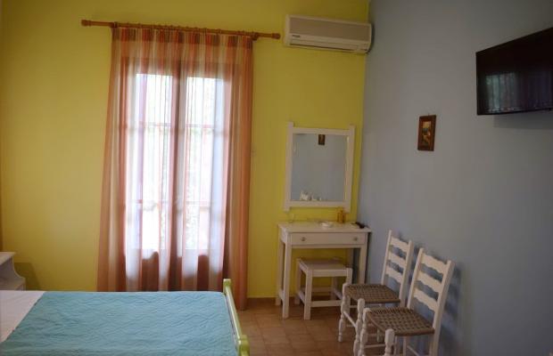 фотографии Rastoni Guest House (ex. Christinis Rooms) изображение №8