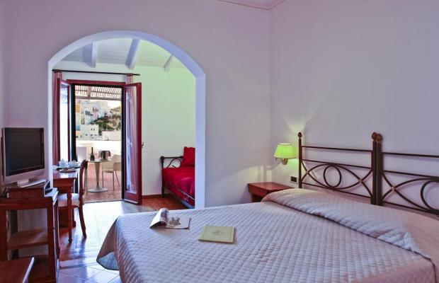 фотографии отеля Grand Hotel Santa Domitilla изображение №7